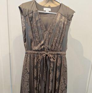 Jessica Simpson Grey cocktail dress
